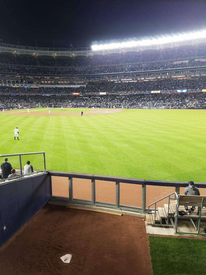 Seating view for Yankee Stadium Section 202 Row 1 Seat 14