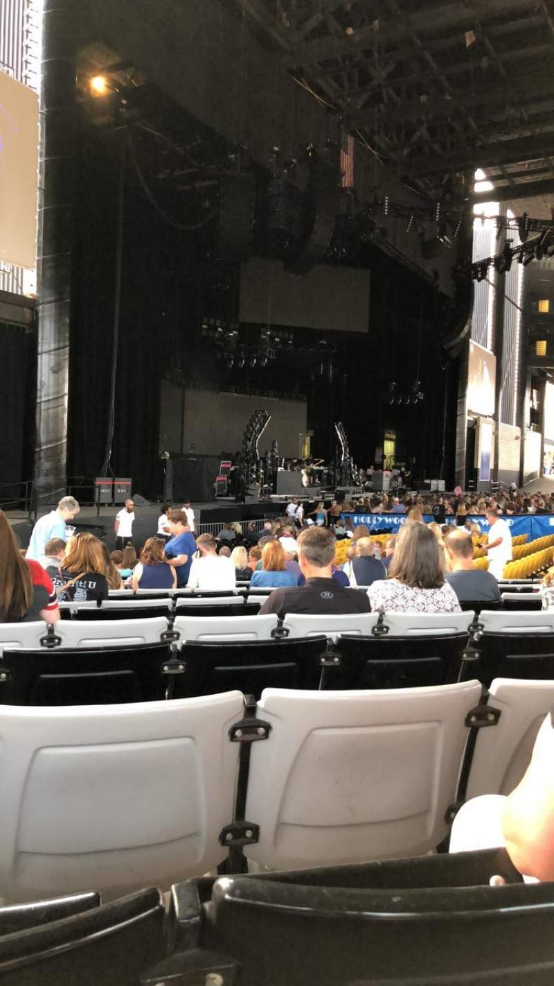 Seating view for Hollywood Casino Amphitheatre (Tinley Park) Section 105 Row W Seat 27