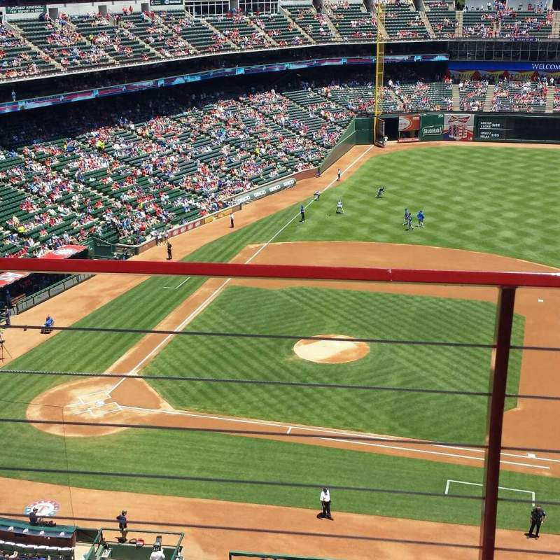 Seating view for Globe Life Park in Arlington Section 333 Row 2 Seat 10