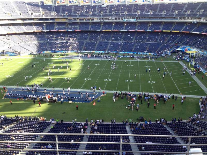 Seating view for Qualcomm Stadium Section V9 Row 5 Seat 4