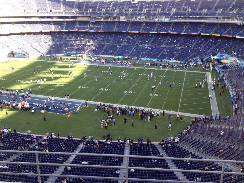 Seating view for Qualcomm Stadium Section V10 Row 5a Seat 1