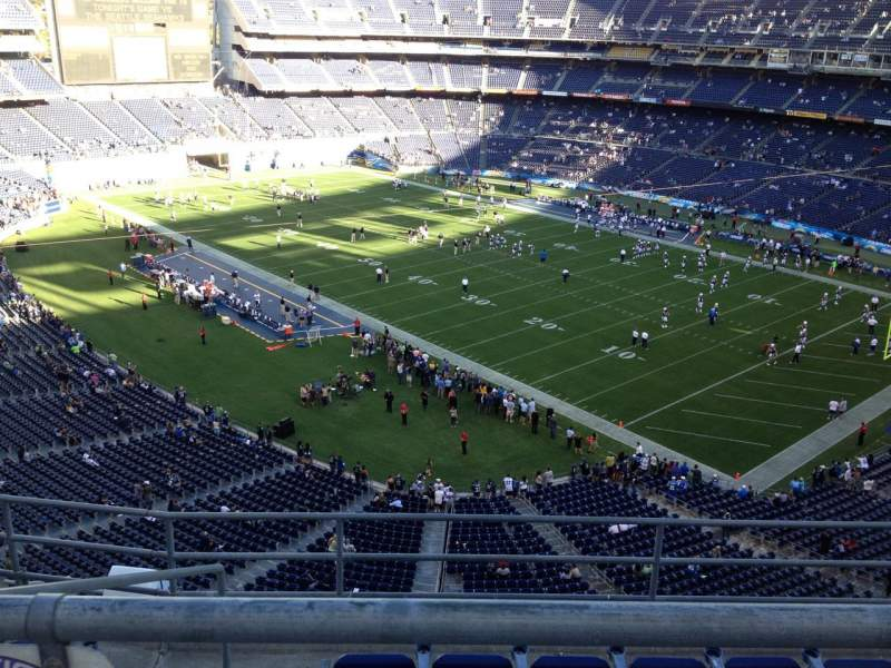 Seating view for Qualcomm Stadium Section V14 Row 6 Seat 17