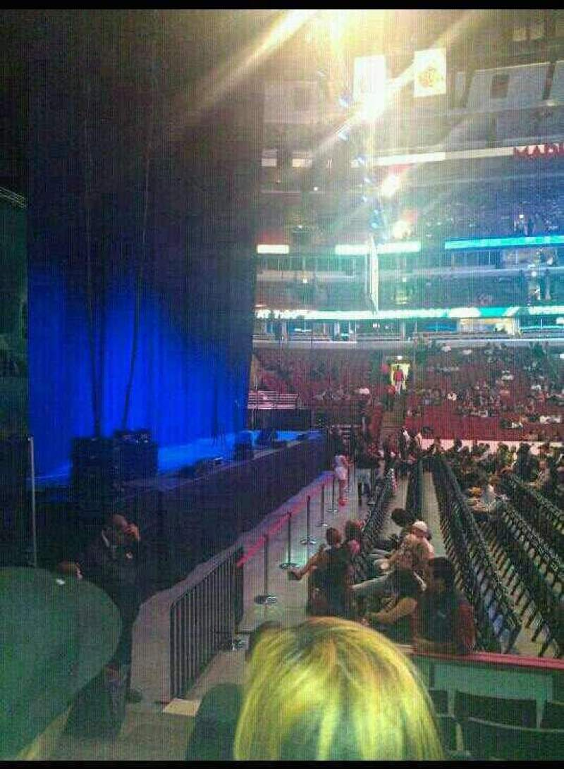 United Center, section: 113, row: 6, seat: 19