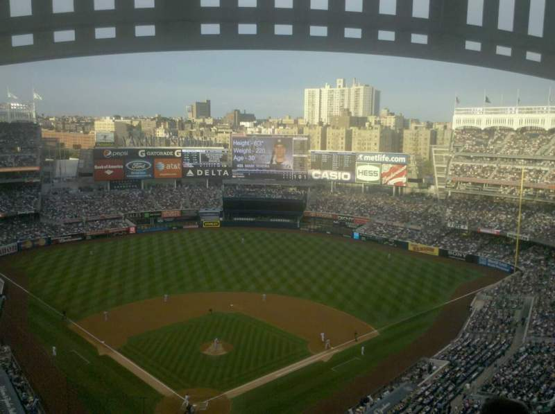 Seating view for Yankee Stadium Section 420a Row 13 Seat 21