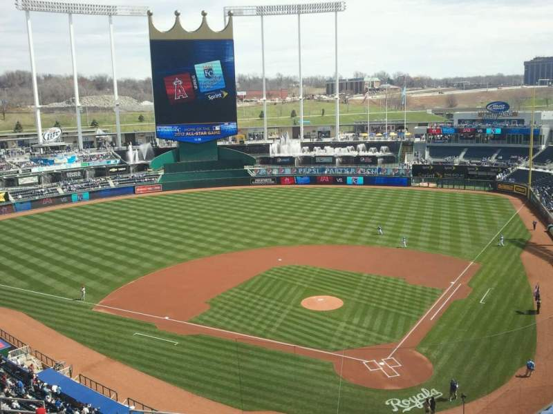 Seating view for Kauffman Stadium Section 417 Row P Seat 10