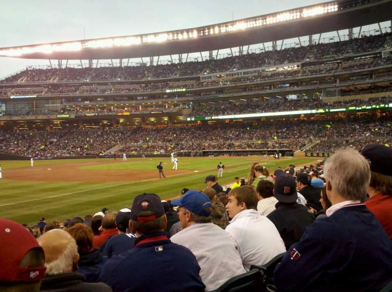 Seating view for Target Field Section 124 Row 16 Seat 11