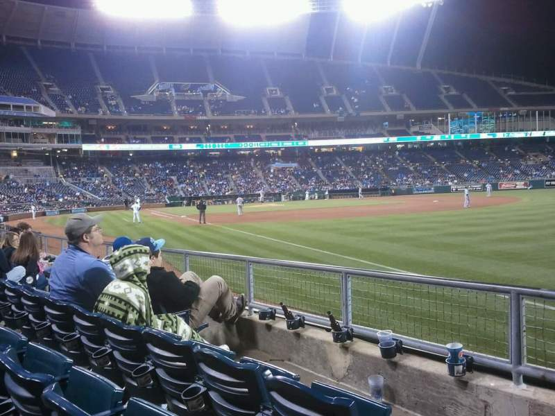 Seating view for Kauffman Stadium Section 142 Row F Seat 1