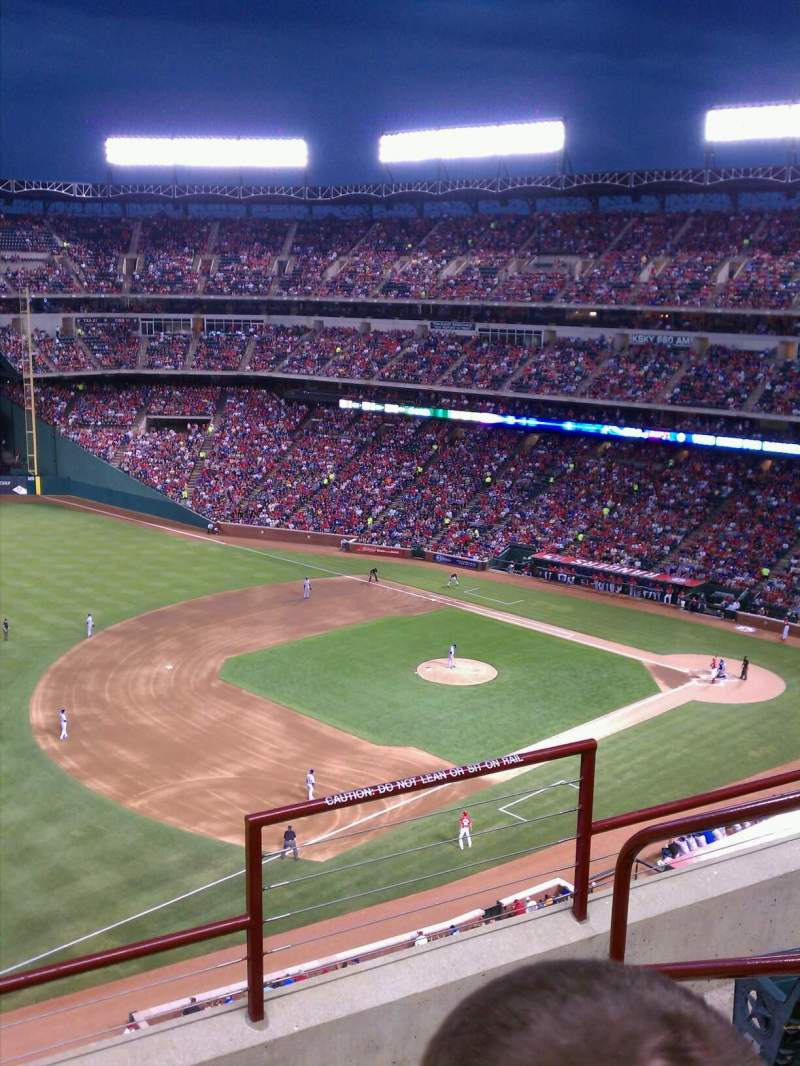 Seating view for Globe Life Park in Arlington Section 314 Row 2 Seat 17