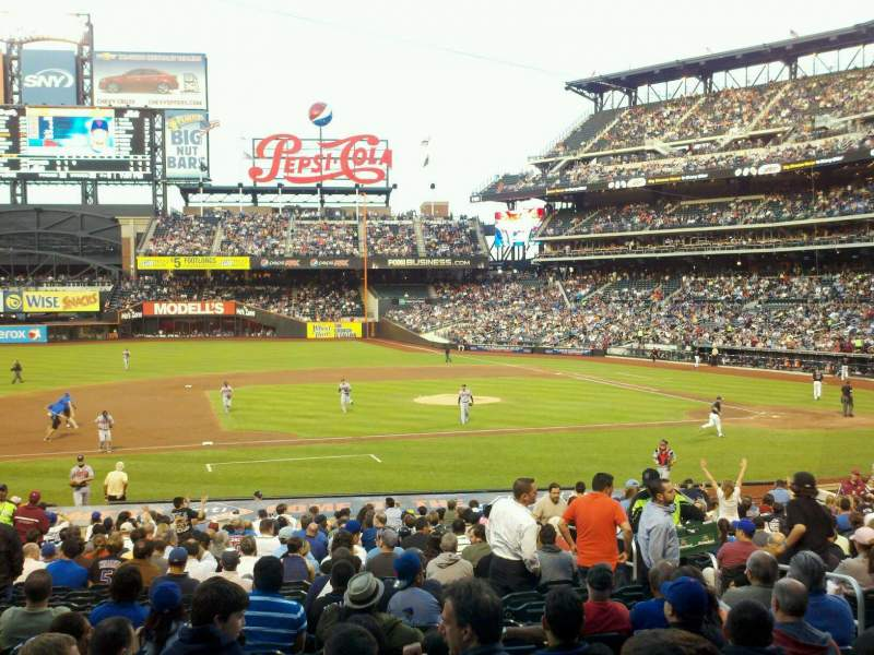 Seating view for Citi Field Section 122 Row 23 Seat 5