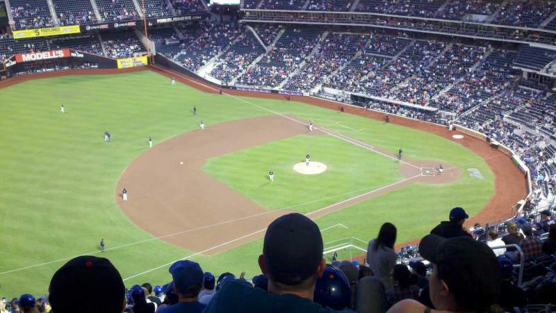 Seating view for Citi Field Section 524 Row 17 Seat 11