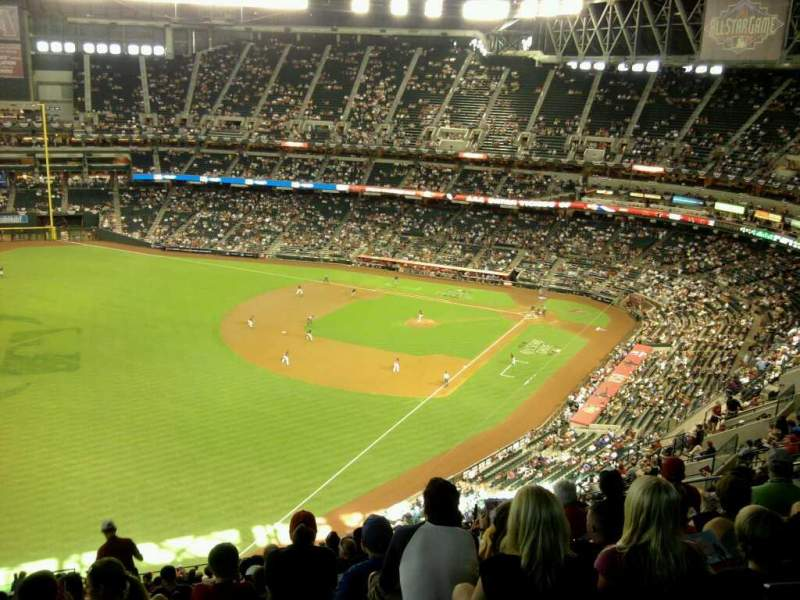 Seating view for Chase Field Section 331 Row 28 Seat 19