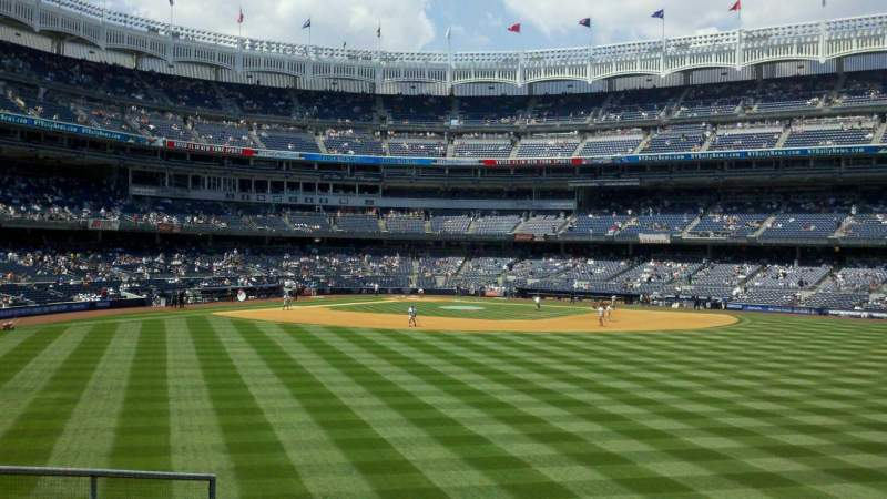 Seating view for Yankee Stadium Section 202 Row 1 Seat 9-14
