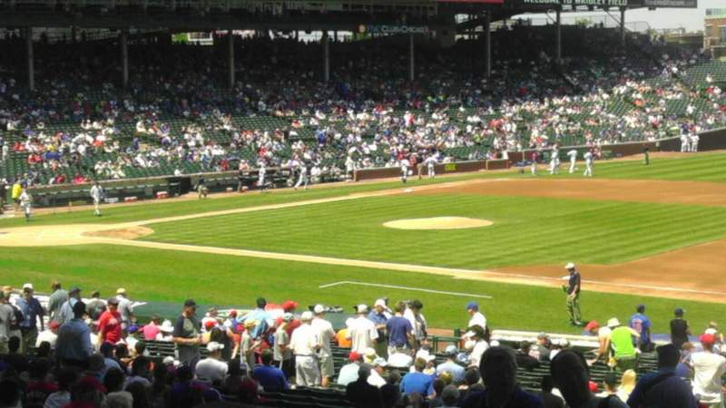 Seating view for Wrigley Field Section 233 Row 6  Seat 5