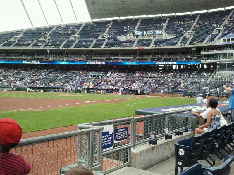 Seating view for Kauffman Stadium Section 115 Row C Seat 6