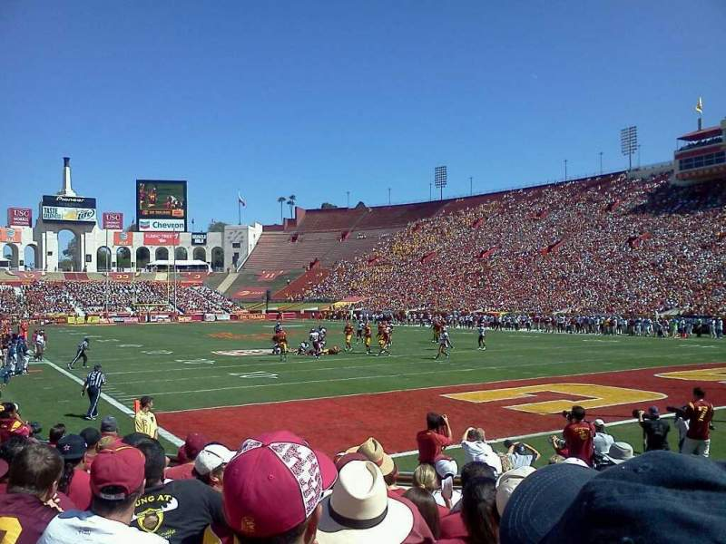 Seating view for Los Angeles Memorial Coliseum Section 17L Row 9 Seat 44