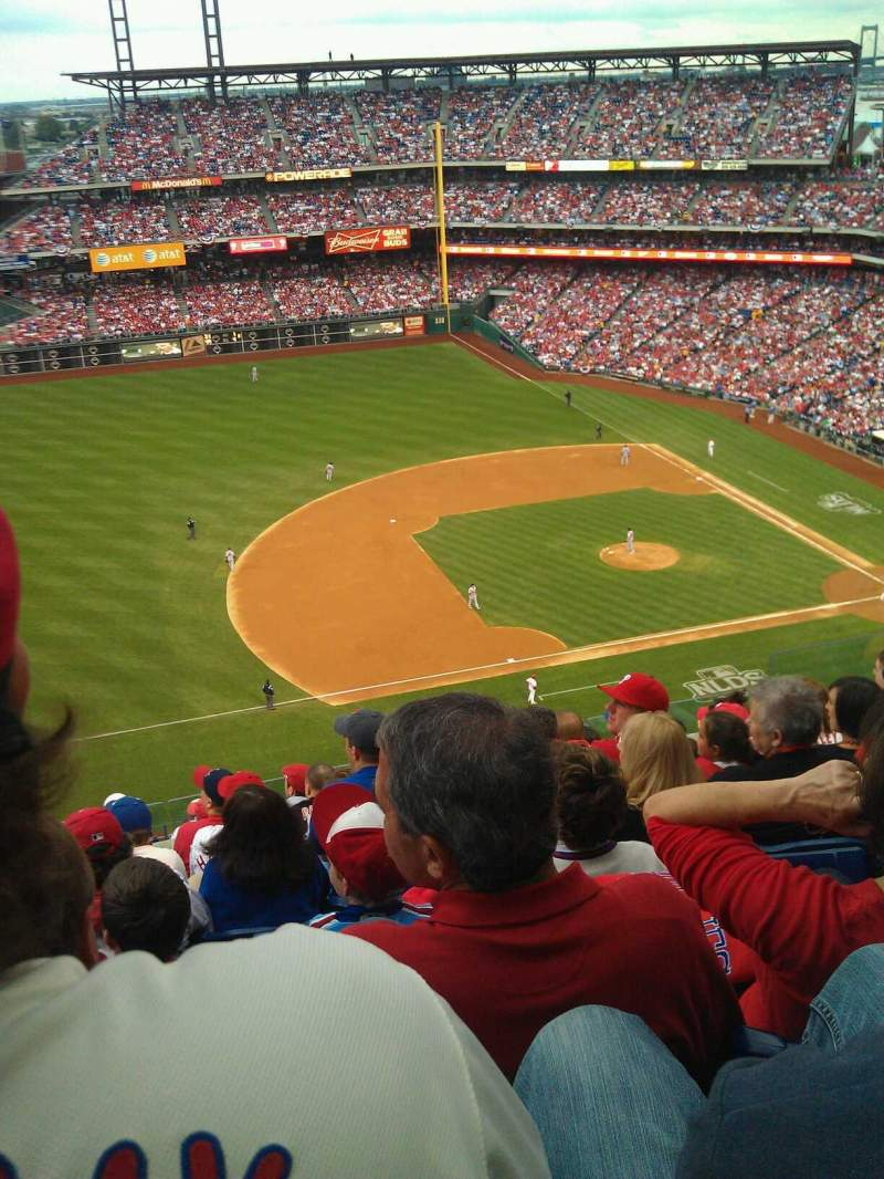 Seating view for Citizens Bank Park Section 428 Row 9 Seat 10