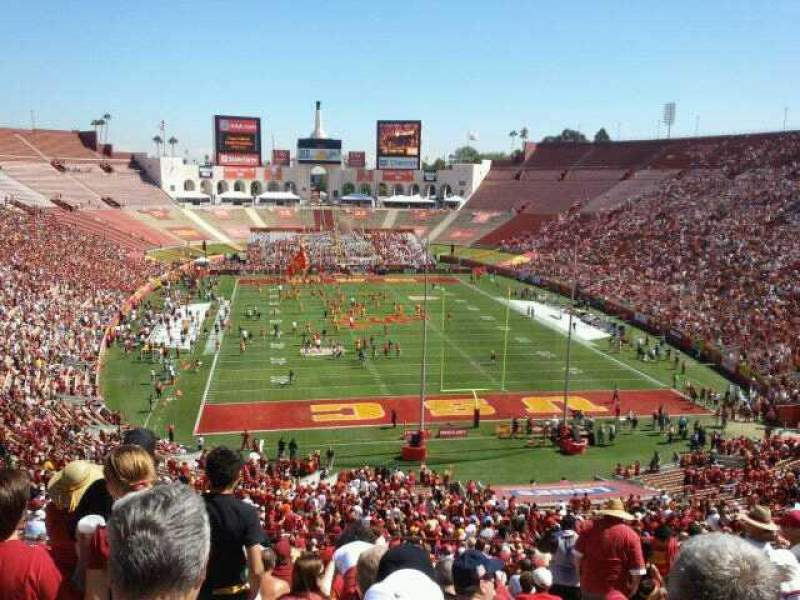 Seating view for Los Angeles Memorial Coliseum Section 15 Row 65 Seat 10