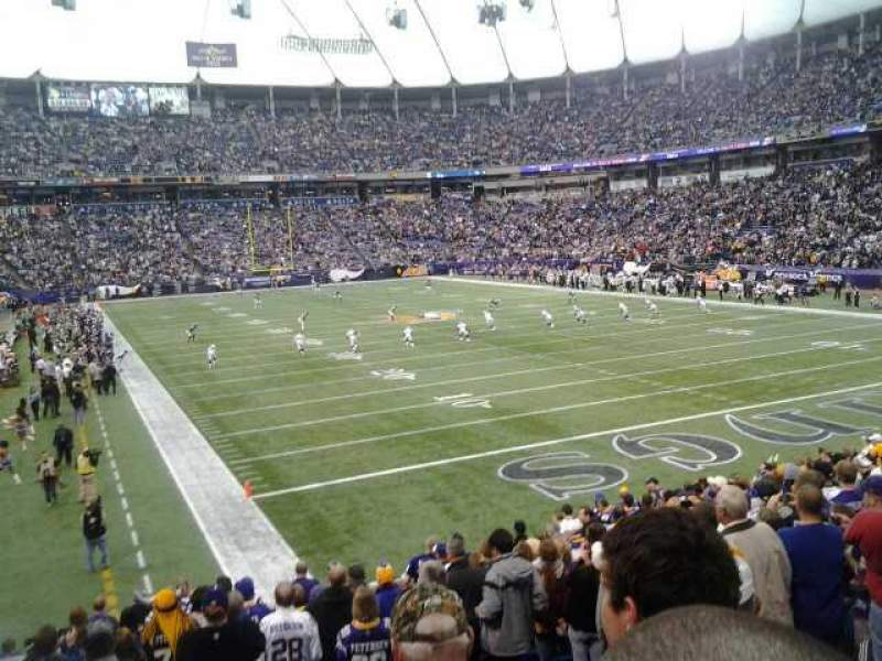 Seating view for Mall of America Field Section 102 Row 19 Seat 6