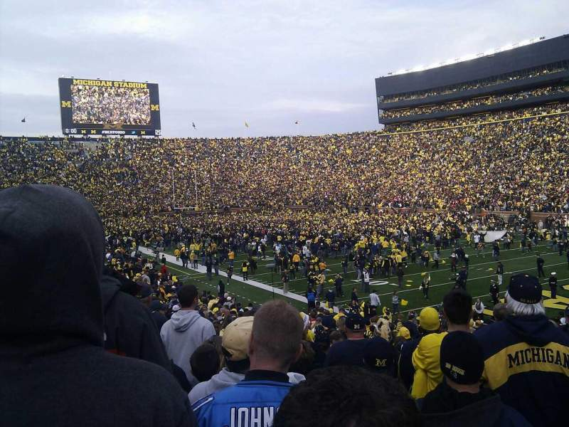 Seating view for Michigan Stadium Section 17 Row 32 Seat 1