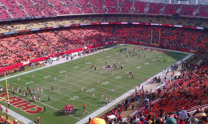 Seating view for Arrowhead Stadium Section 331 Row 25 Seat 13