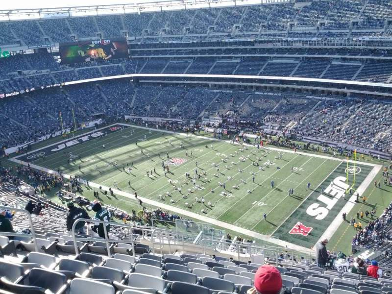 Seating view for MetLife Stadium Section 308 Row 22 Seat 13