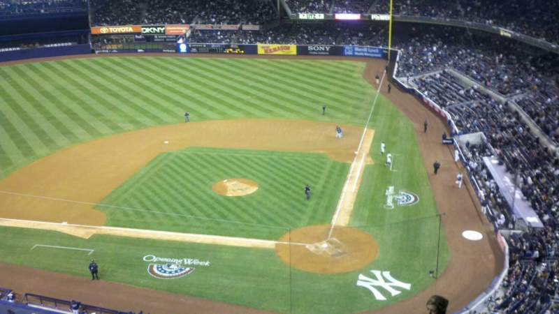 Seating view for Yankee Stadium Section 322 Row 8WC