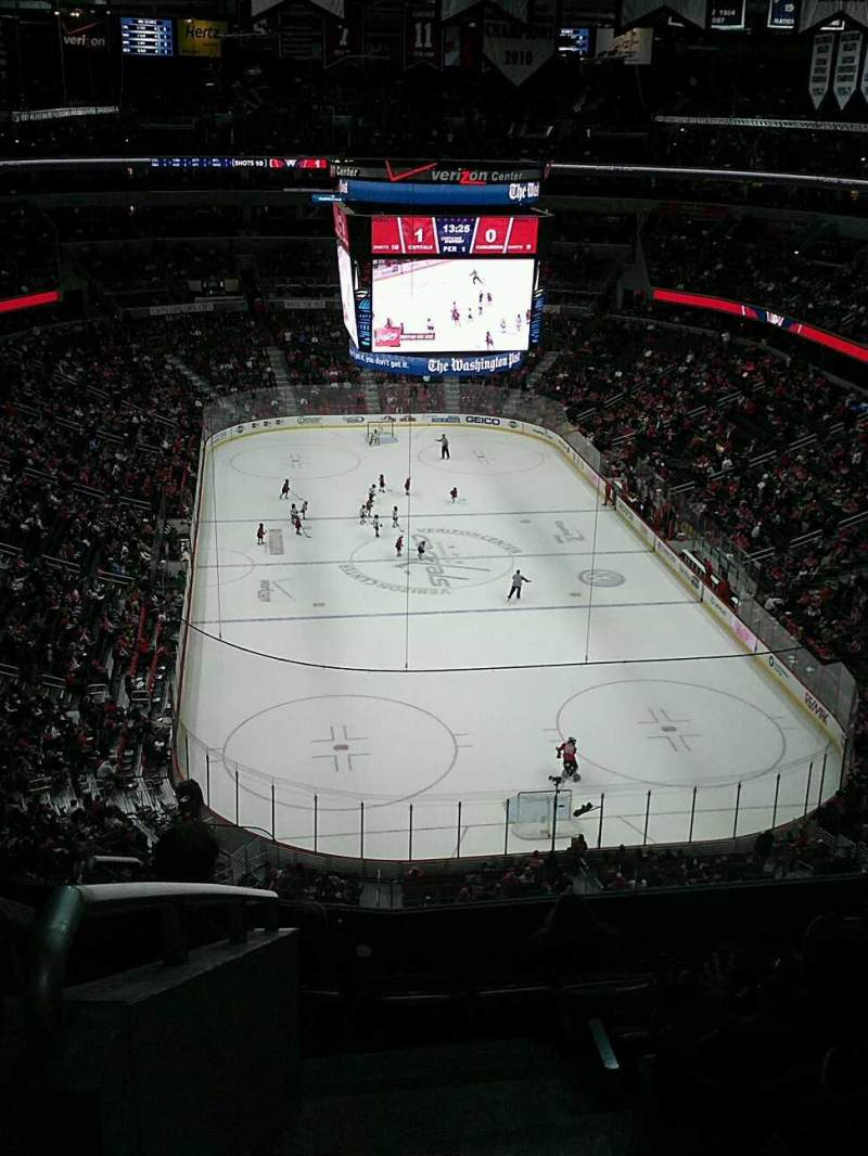 Seating view for Capital One Arena Section 425 Row h Seat 1-2