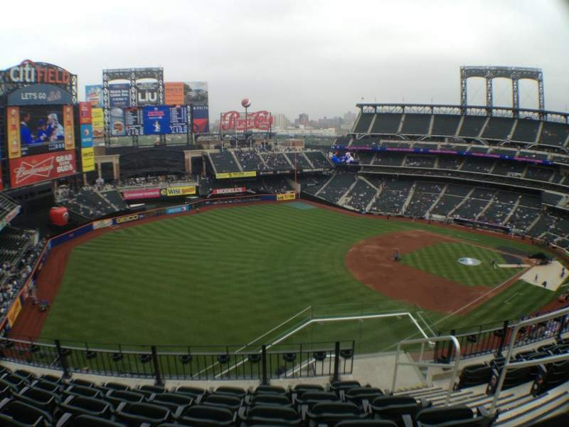 Seating view for Citi Field Section 527 Row 6 Seat 3