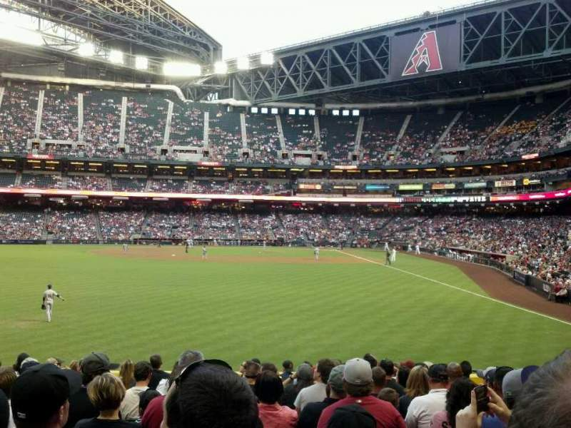 Seating view for Chase Field Section 140 Row 24 Seat 7