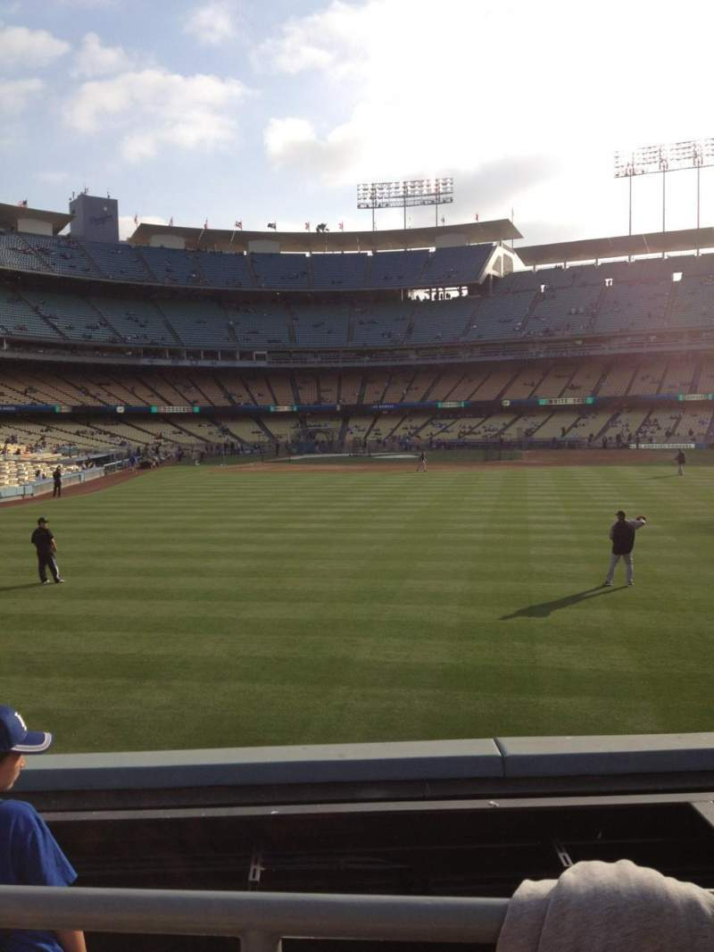 Seating view for Dodger Stadium Section 304PL Row B Seat 5