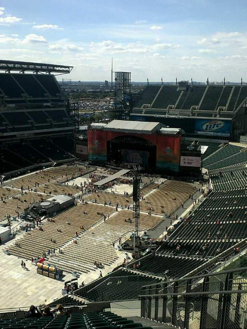 Seating view for Lincoln Financial Field Section 218 Row 19 Seat 3