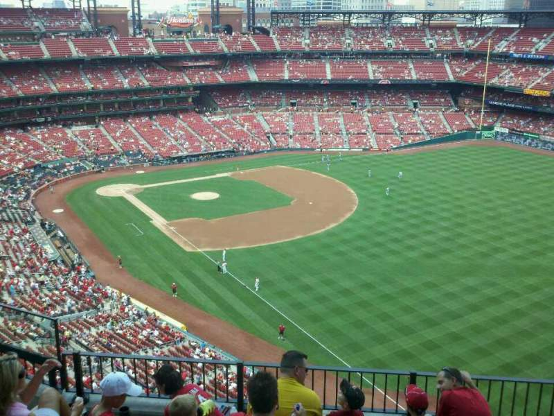 Seating view for Busch Stadium Section 432 Row 6 Seat 6