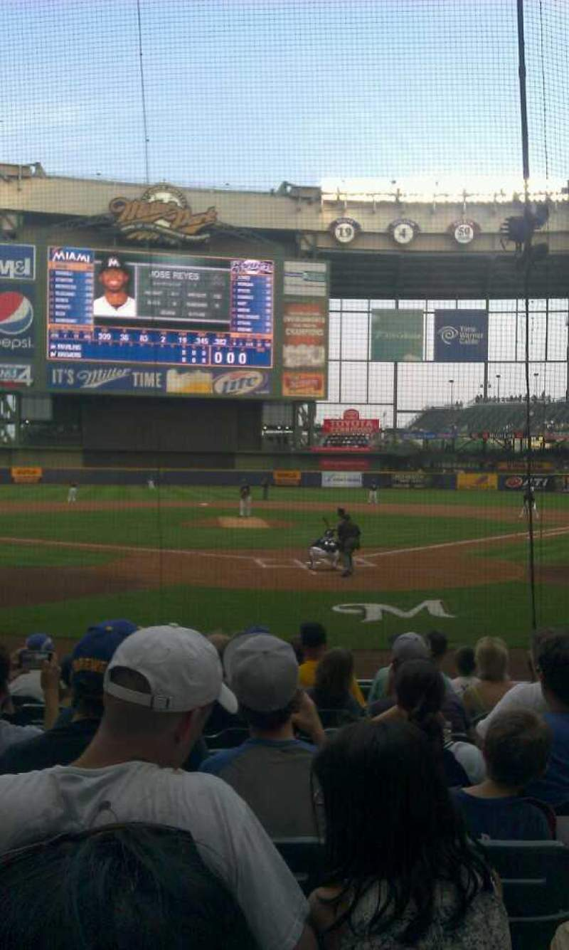 Seating view for Miller Park Section 118 Row 10 Seat 10