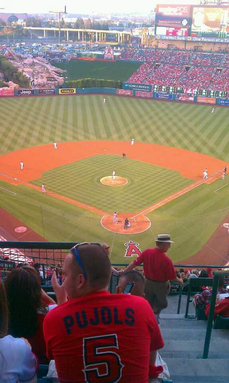Seating view for Angel Stadium Section V519 Row H Seat 20