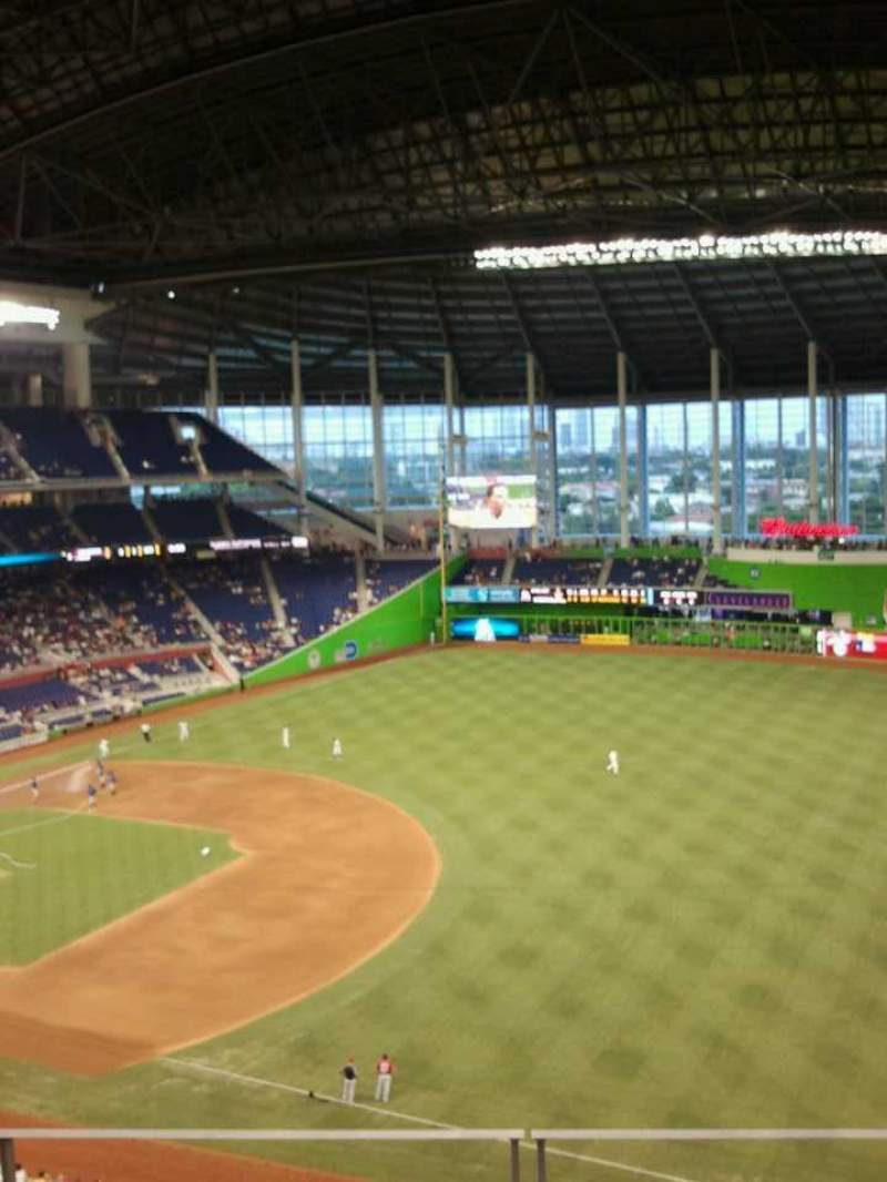 Seating view for Marlins Park Section 305 Row d Seat 13