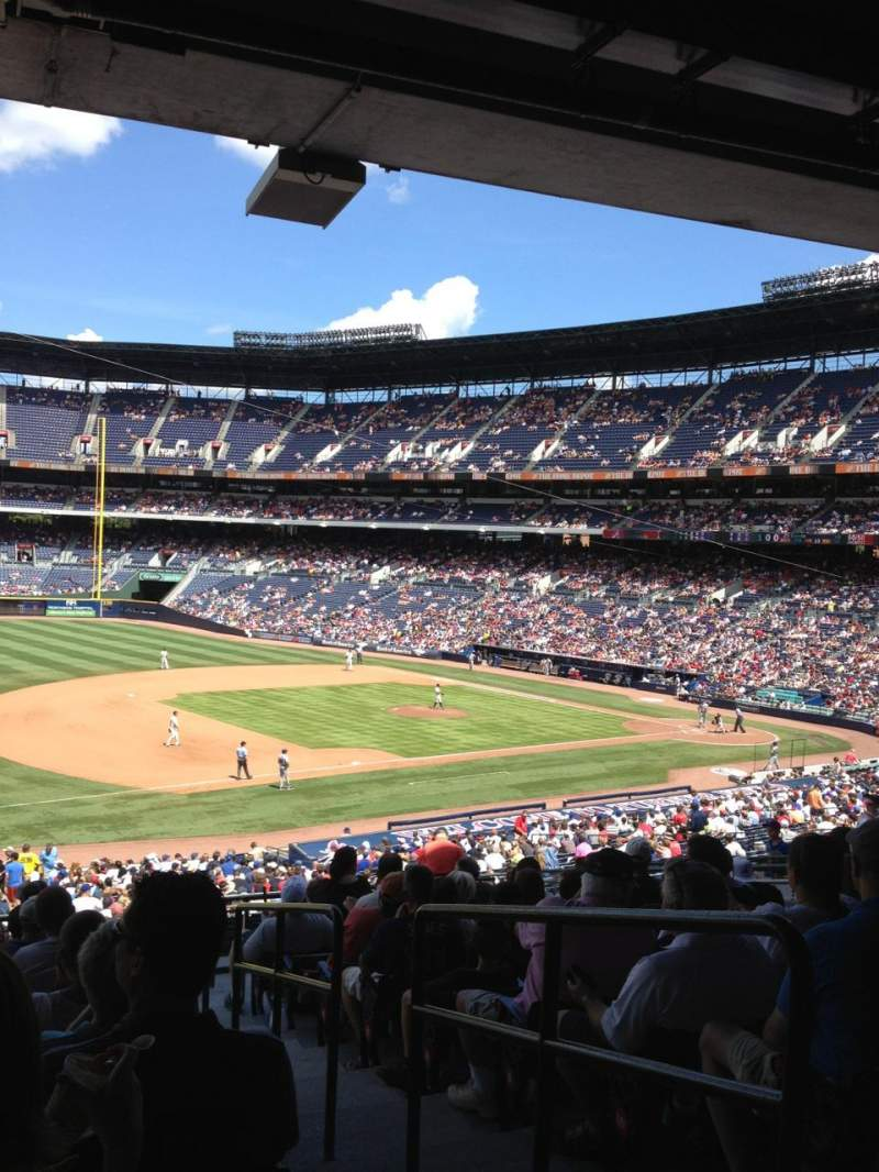 Seating view for Turner Field Section 220 Row 14 Seat 102