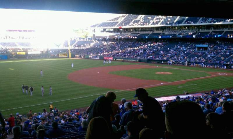 Seating view for Kauffman Stadium Section 214 Row Ss Seat 2