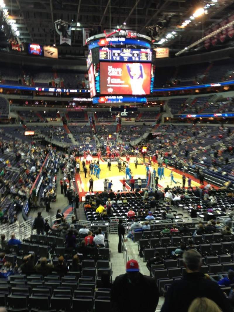 Seating view for Capital One Arena Section 105 Row R Seat 20