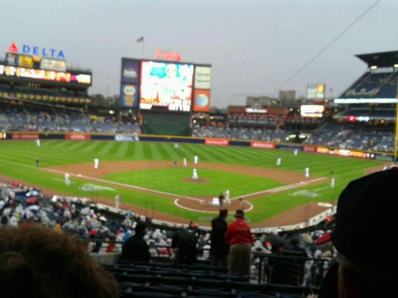 Seating view for Turner Field Section 202 Row 11 Seat 105