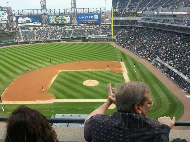 Seating view for Guaranteed Rate Field Section 537 Row 2 Seat 13