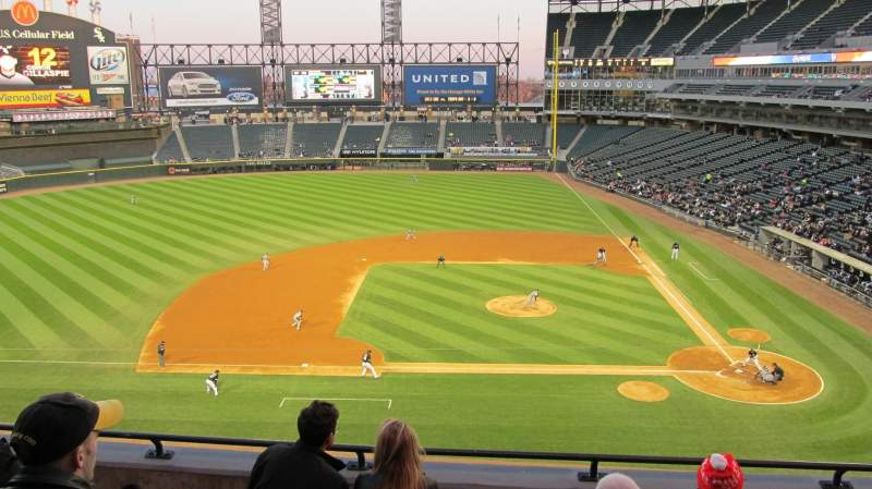 Seating view for U.S. Cellular Field Section 338 Row 5 Seat 14