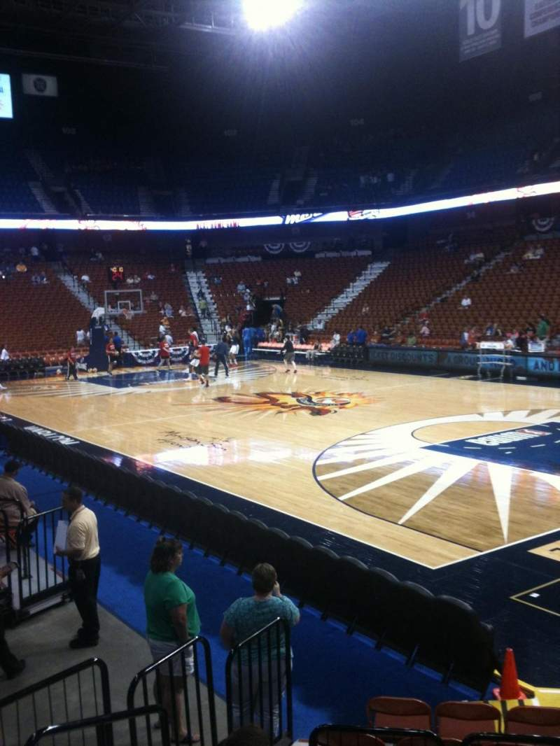 Seating view for Mohegan sun Arena Section 22 Row H Seat 12