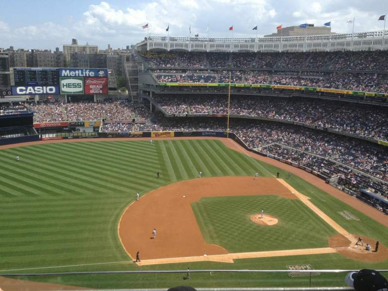 Seating view for Yankee Stadium Section 425 Row 4 Seat 15