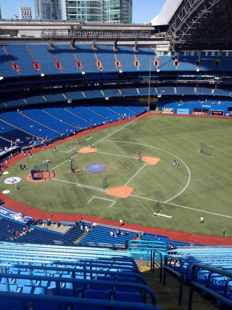 Rogers Centre, section: 516L, row: 23, seat: 101