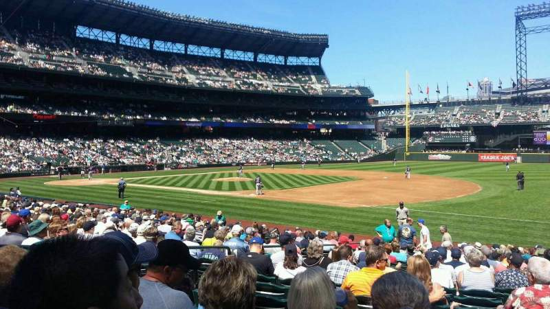 Seating view for Safeco Field Section 118 Row 21 Seat 4