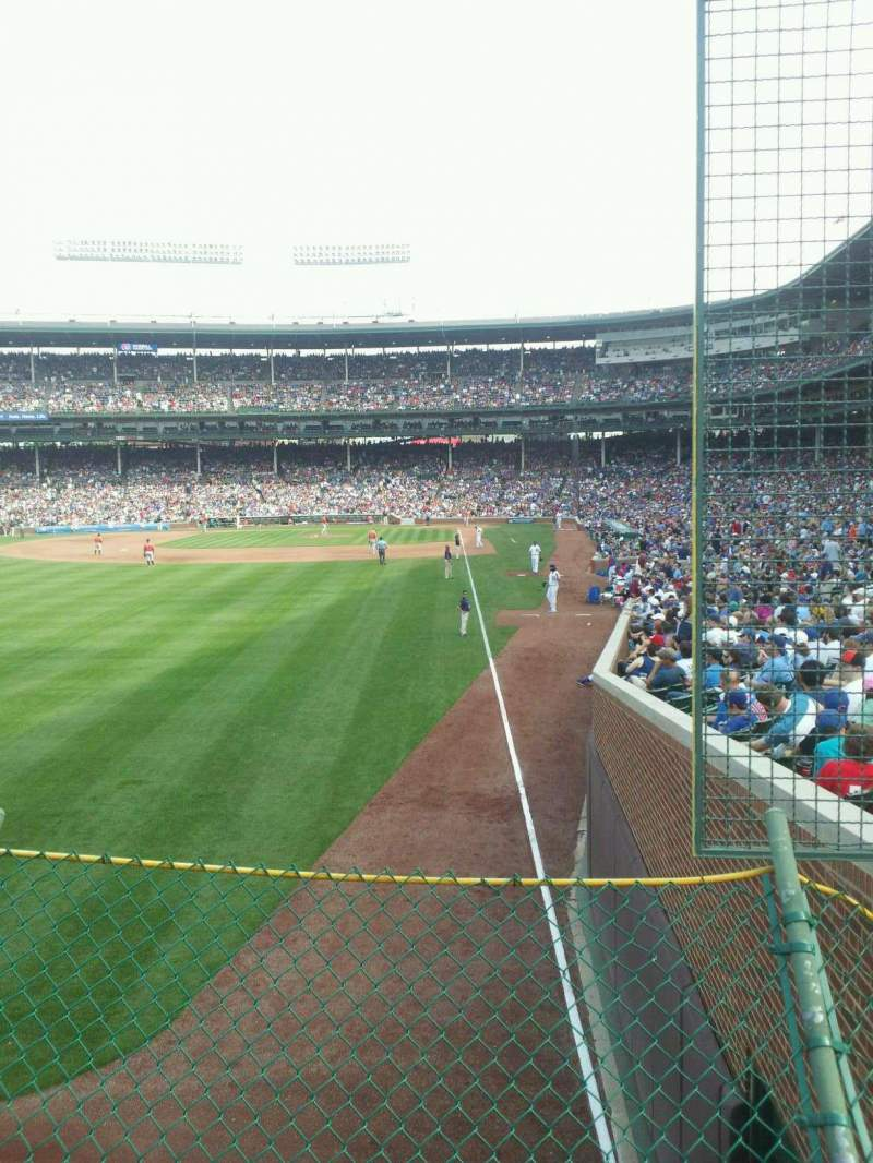 Seating view for Wrigley Field Section 301 Row 2 Seat 1