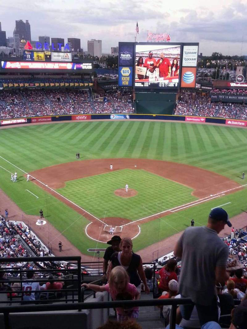 Seating view for Turner Field Section 401R Row 14 Seat 1