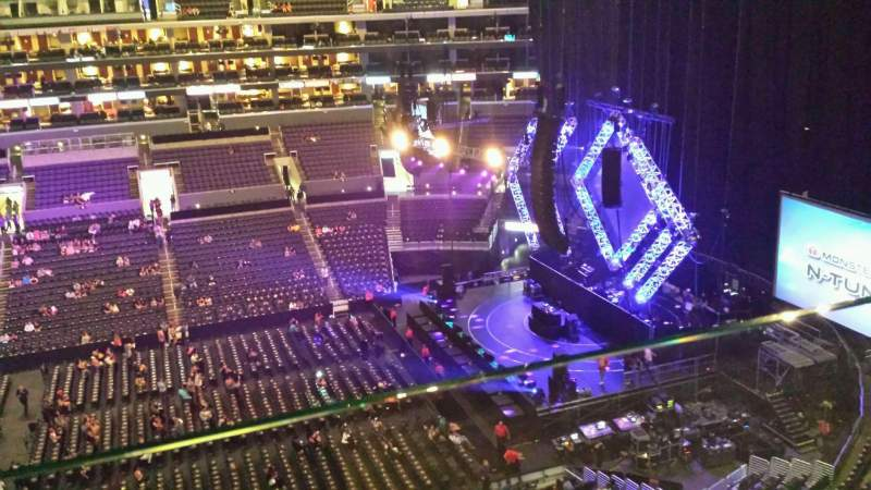 Seating view for Staples Center Section 301 Row 001 Seat 1