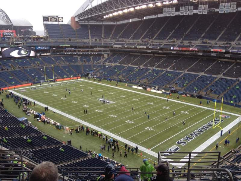 Seating view for CenturyLink Field Section 302 Row L Seat 3
