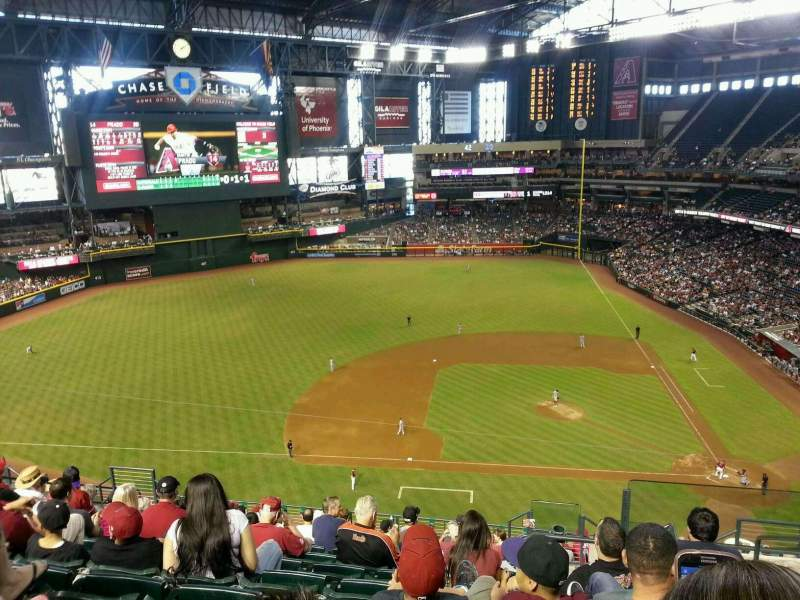 Seating view for Chase Field Section 322 Row 15